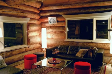 Gorgeous log cabin Niseko - powder snow heaven. - Cabane