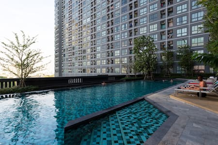 3mins to BTS + 5 stars facilities - Bangkok - Appartement