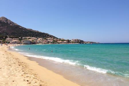 Nido sul mare della Corsica - Algajola - Appartement