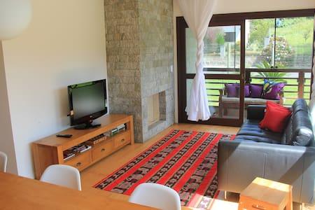 Apartamento aconchegante próximo ao Lago Negro - Gramado - Pis