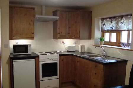 Self catering cottage apartment - Broseley Wood  - Other