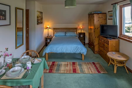 Double bedroom/sitting room in Dervaig - Tobermory - Bed & Breakfast