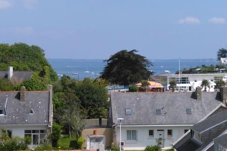 50m2 superbe vue mer à 300m de la plage - Plougonvelin - Wohnung