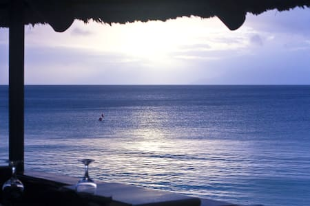 2-bedroom apartment close to Beau Vallon beach - Beau Vallon