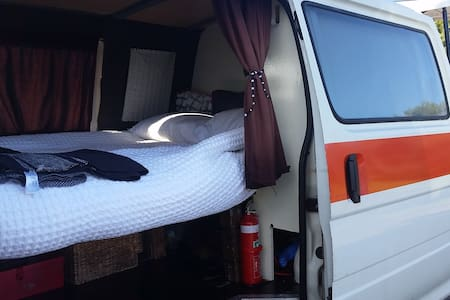 Manly Glamping! - Wóz Kempingowy/RV