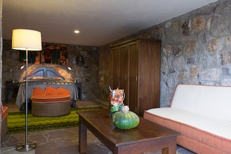 """Private """"Cove"""" Style Room in Country House - San Miguel de Allende - Villa"""
