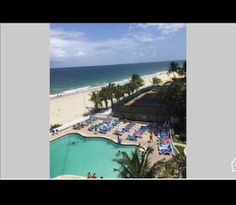 Beachfront & balcony private beach - Fort Lauderdale - Other