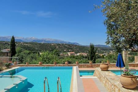 Artemis - luxury stone built villa 2 private pools - Villa