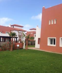 Villa avec jardin à la Marina - Hus