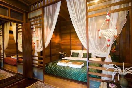 Ruen TubTim : Morakot room - Phra Nakhon Si Ayutthaya District