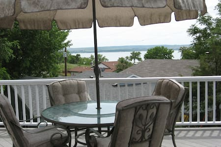 Lake McConaughy lake view home near Admiral's Cove - Lemoyne - 独立屋