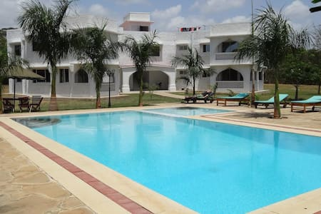 Mombasa Luxury fully furnished apartment - Mtwapa - Service appartement