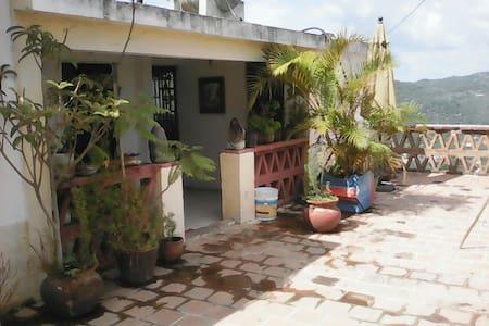 Casa de Lugo - Taxco - Haus
