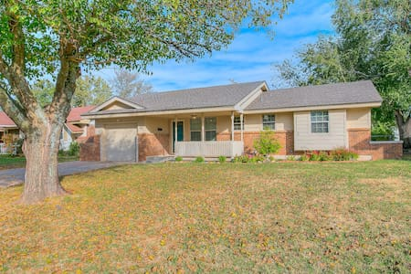 Cozy Cottage in Moore Oklahoma - Moore - Ev