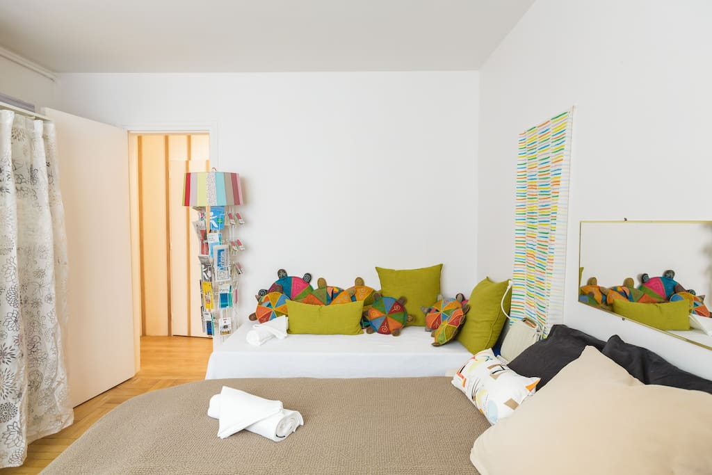 Your room - 1 to 3 persons (double or single beds) @ Center of Paris