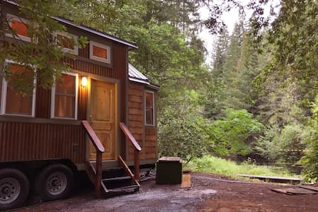 Aspen Tiny House - Off Dry Creek - House