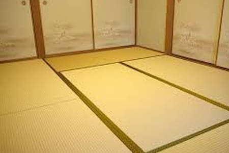 SHARED hostel dorm-room at Tokyo #3
