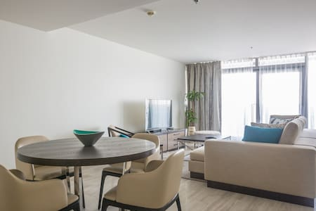 Signature Holiday Homes-Luxury 1 Bedroom Apartment - Apartmen