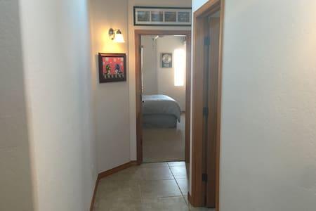Gated North Valley Casa - Albuquerque - House