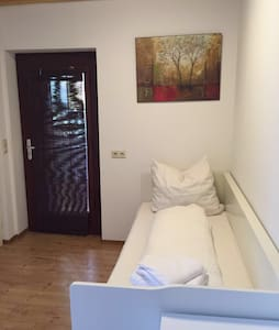 Single Appartement Nürtingen Center - Apartament