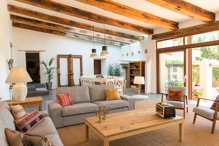 HUTB-015595 Espectacular masia restaurada - Vallirana - Casa