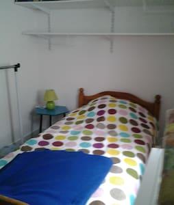 pour1 personneAbbeville chambre meublee - Abbeville