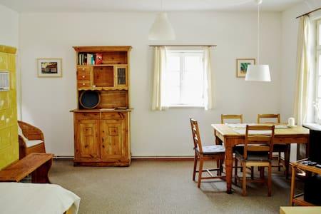 """Das Alte Köhlerhaus - mit Sauna - FeWo """"Briesen"""" - Temmen-Ringenwalde - Apartamento"""