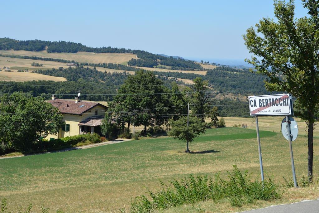 La casa vista dalla strada