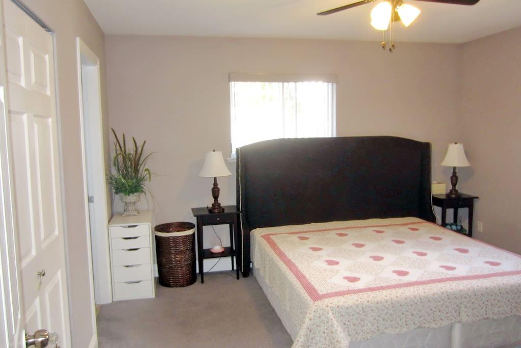 Bedroom West