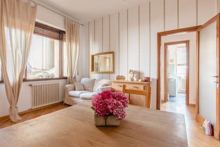 In the heart of the city.... - Brescia - Apartamento