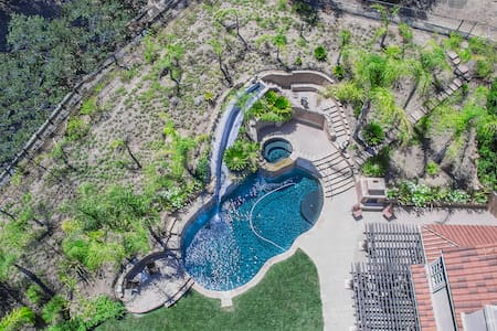 "The ""WOW"" Factor! You can entertain all day! - Westlake Village"