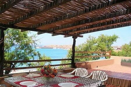 Beautiful Villa on the Beach - Isola Rossa Trinita d'Agultu