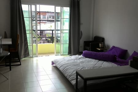 Start up Cafe 's room - Tambon Rim Tai - Reihenhaus