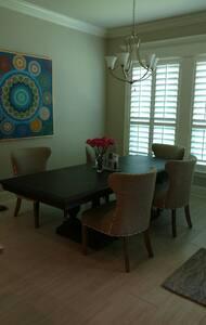 Amazing new home in Madisonville,LA - Hus