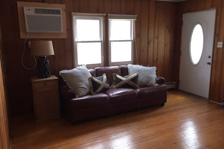 Beach Apt walking Distance to Ocean - Daire