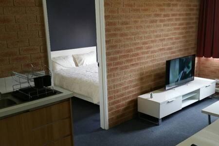(210) 1 Bedroom Apartment in Perth CBD - West Perth