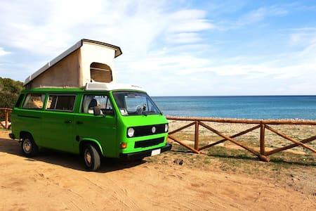Camper El Niño . discover Sardinia - Bari Sardo
