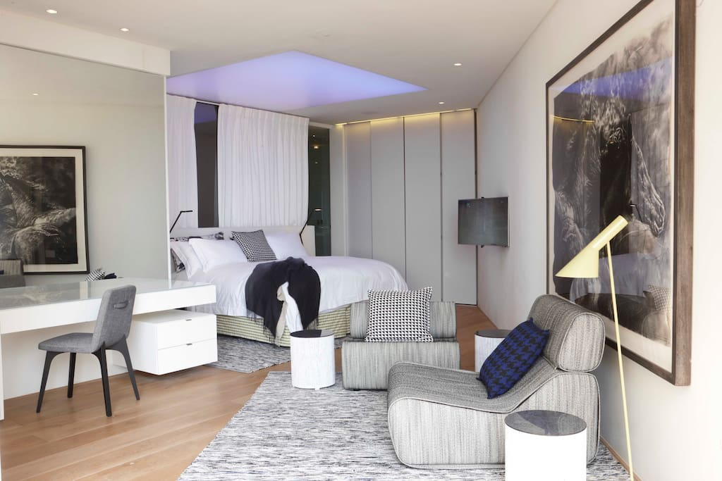 Bantry Bay Bedroom - can be twin beds