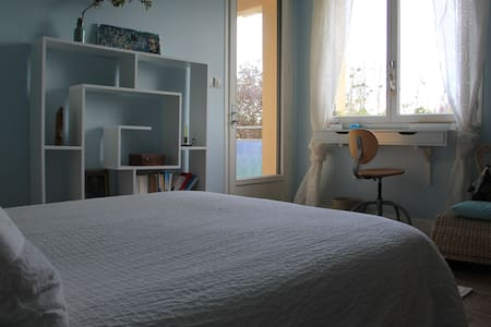 chambre centre de Combourg - Bed & Breakfast