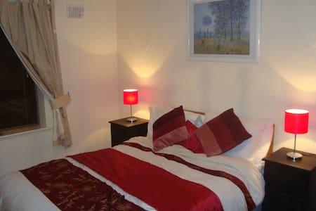 Penrose Court  - Master bedroom. - Waterford - Apartment
