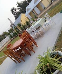 SP Cozy Villa in little garden - Bed & Breakfast