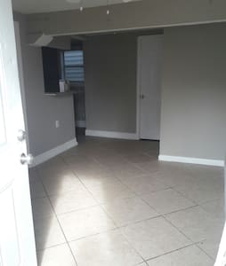 Luxury Cozy1BDRM Condo with Parking - Metairie