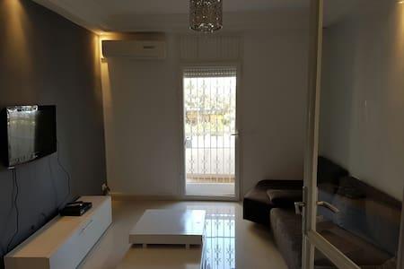 Menzah 6 appartement meublé - Byt