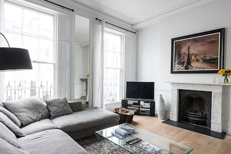 Charming 1BR in Victoria Central London - London - Leilighet