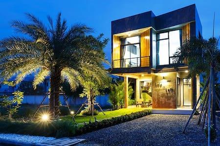Life is Loft House - House
