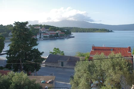 Apartment with stunning views and two bedrooms - Lumbarda - House
