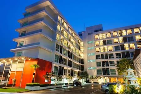 Rang Hill Residence - Superior Room - Phuket