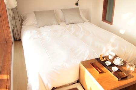 汤泉 阳台江景榻榻米房 Riverview tatami room - Casa