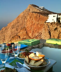 Folegandros-Cliffhouse - House