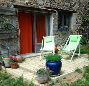 Chambre d'hôtes en Beaujolais - Claveisolles